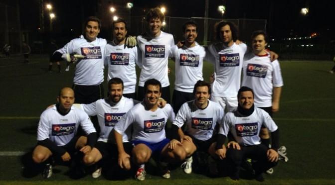 Integra Control y Servicios patrocina el equipo de futbol Salmorejo