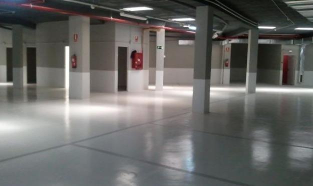 Se inician la limpieza de garajes en nuestros edificios